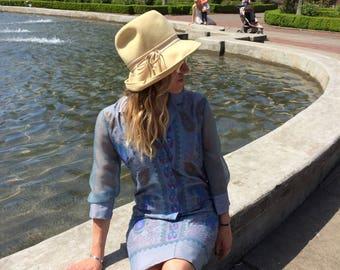 Felt Vintage Hat / Women's Ecru Beige Hat by Miss Eileen / Free Shipping