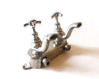 FRENCH VINTAGE 1950s Metal Bath Faucet Hot Cold / Chaud Froid , French Metal Tap , Kitchen / Bathroom / Café , Made by Hatry , Paris-Tours