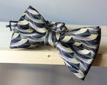 Bowtie - Black geometric half-moon pattern - pre-tied - unique bow tie - gentleman 20' - the great gatsby