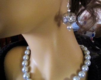 12mm Platinum Sea Shell Pearl Necklace and Earring Set ******OOAK*******