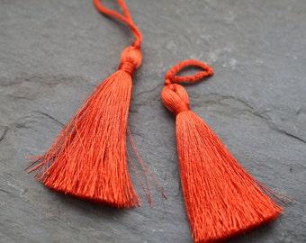 Silk Tassel, Vermillion Color Long Thread - IPB006