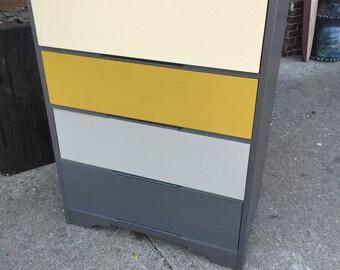 Gray mustard, 4 drawer dresser