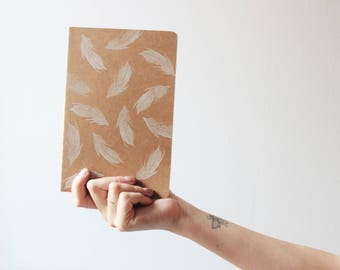 Handmade notebook, feathers notebook, summer notebook, summer journal, minimal notebook, made in barcelona, bookbinding, kraft notebook