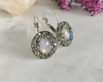 Bohemian Wedding Earrings, Rainbow Moonstone Earrings, June Birthstone Jewelry, Moonstone Ring Set, Raw Crystal Earrings, Mother's Day Gift