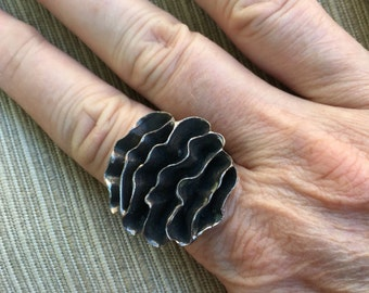 Modernist Ruffle Ring -- 10