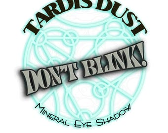 TARDIS DUST *Don't Blink!* - Doctor Who Inspired Loose Mineral Eye Shadow - Weeping Angel Silver