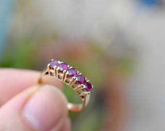 14k Yellow Gold and Ruby Five Stone Stacking Ring, 14k Gold Estate Ruby Ring, Gold Ruby Gemstone Ring, 14k Gold Ruby Jewelry