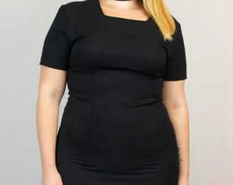Vintage 1980s Black Dress Cap Sleeve Square Neck Short Sleeve Midi Holiday