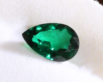 Faceted Pear Imitation Synthetic Emerald Loose Gemstone, Multiple sizes available, Gorgeous!  Flawless!