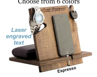 Wood iPhone Docking Station, Fathers Day Gift, Personalized Mens Gifts, Unique Gifts For Husband, Gifts For Dad, Gift For Brother