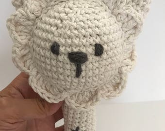 Off White lion rattle, lion baby rattle, baby rattle, crochet lion rattle, Crochet rattle, Handmade rattel, Nursery deco, amigurumi rattle