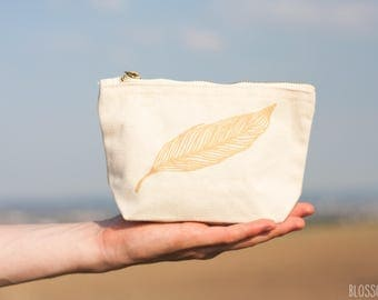 small bag / cosmetic bag / case feather