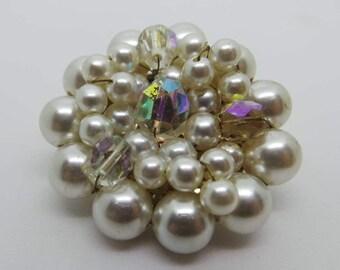Vintage brooch - Pearl and crystal brooch
