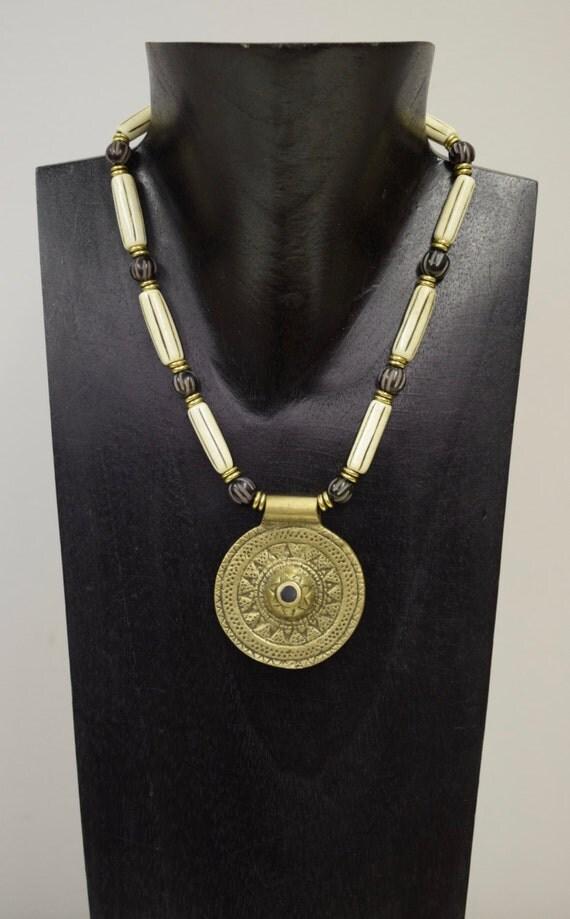 Necklace Vintage Brass Naga Round Pendant India Handmade Etched Black Buri Nut White Tubes Jewelrly Necklace Gold Beads  Unique E