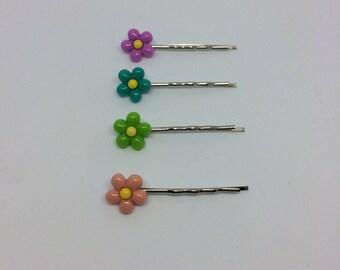 Pretty flower hair clips