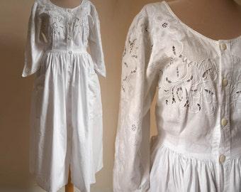 White Lace Cotton Full dress  Vintage 80s Dress Summer dress Day dress  M-size Midi dress Boho dress  Bohemian wedding dress Full skirt