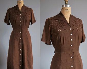 Pearl of Mesa dress - vintage 1950s linen dress - 50s eyelet embroidered dress
