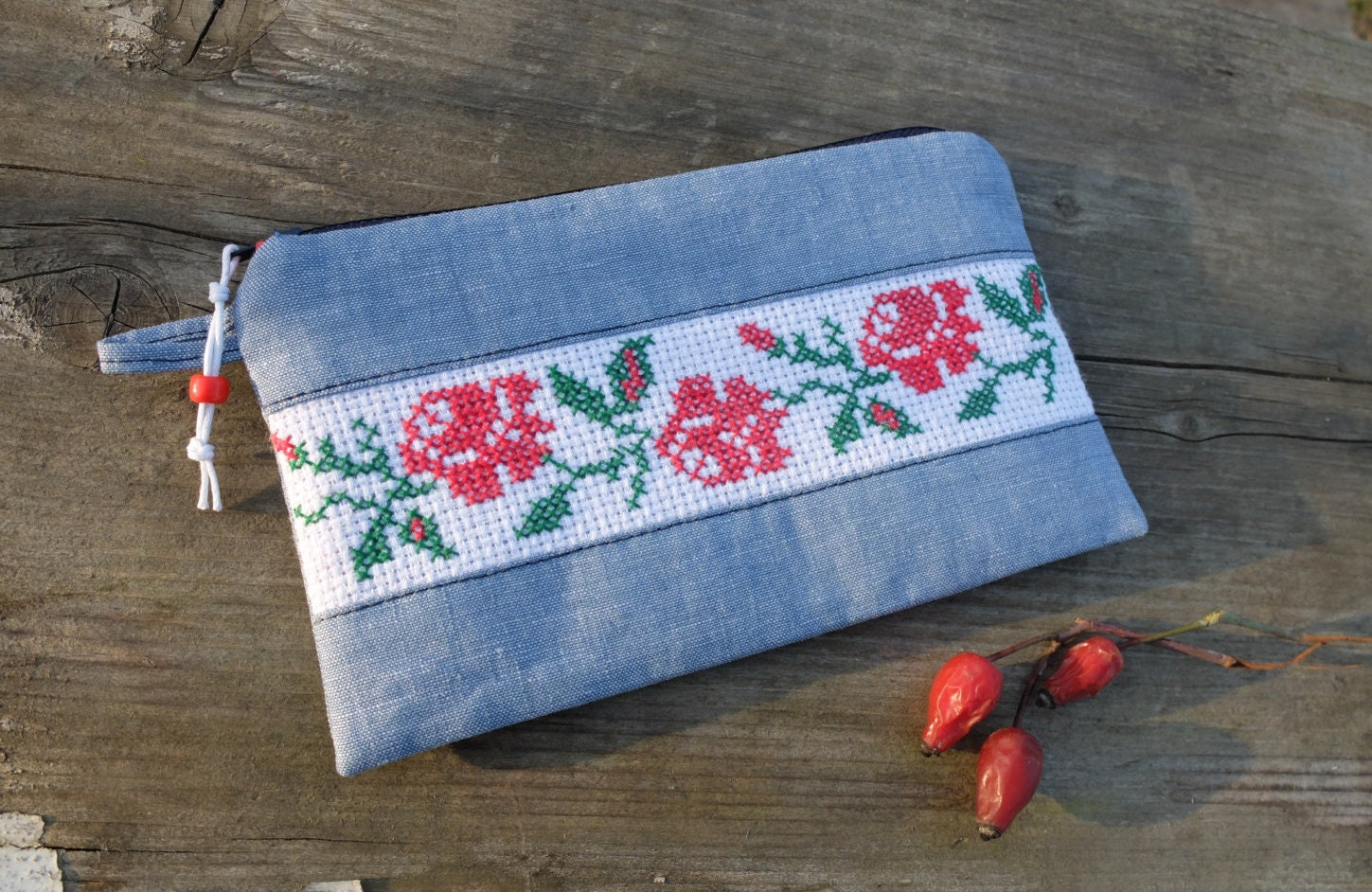 Hand embroidery pouch red rose purse flower cross