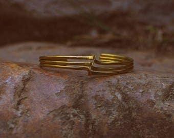 Brass Golden Wave Bracelet