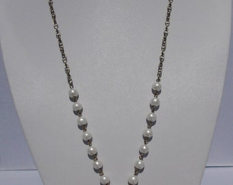 Lucite Flower and Pearl Necklace
