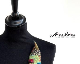Multicolor Mini Art Pin - Miniature House Felt Embroidery  - Original Art - Slow Design - France, Paris