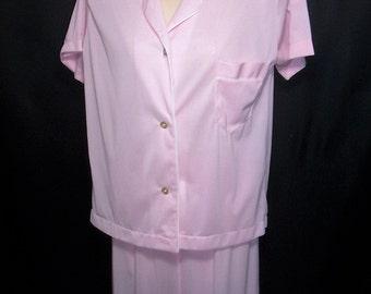 Size 36 (Medium) - Vintage Pajamas - by Carole - Pink - Nylon