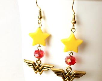 Wonder Woman Earrings, Superhero Earrings, Superhero Jewelry, Geek, Comic Book Jewelry, Comic Con Jewelry, Justice League, Diana Prince