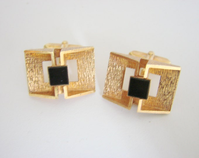 Vintage European Retro Textured 14CT Rolled Gold Plate Cufflinks Black Glass Inserts Mens Jewelry Suit Accessories