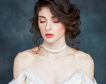 Crystal Velvet Bridal Choker, Pearl Choker, Bridal Necklace, Statement Necklace, Velvet Necklace, Beaded Choker, Wedding Necklace, CHLOE