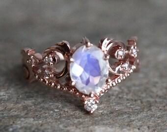 Vintage Moonstone Engagement Ring in 14k or 18K Solid Gold, Moonstone Vine Leaf Ring, Blue Moonstone Ring, Rose Gold Moonstone Ring