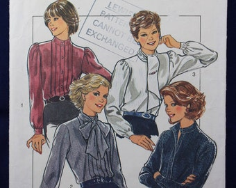 Sewing Pattern for a Woman's Blouse in Size 12-14 - Style 4199