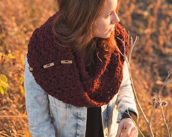 Oversized scarf with wood buttons/Burgundy Claret wool scarf
