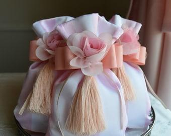 Lavender Sachets ~ Bridal Shower favor Lavender Pillow ~ Bachelorette Party Favor Bag ~ Shabby Chic Birthday Party Favors ~ Satin Favor Bags