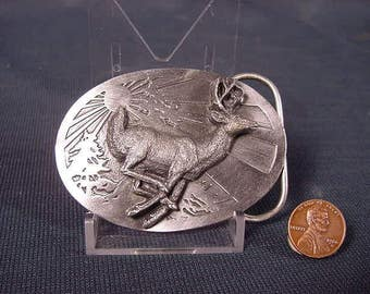 Vintage Old Collectible * Belt Buckle * 3-D Buck Deer Whitetail