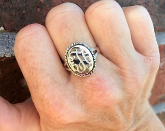 Sterling Silver Monogrammed Oval Ring with Rope Border-Monogram Ring-Engraved Ring