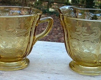 """ZERO SHIPPING! Vintage Amber Federal Glass """"Recollection"""" Open Sugar & Creamer - Dated 1976 - Old Madrid Pattern"""