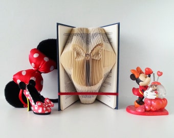 Minnie Mouse Photo Props, Adult Minnie Mouse Ears, Minnie Mouse Guestbook, Minnie Mouse Decorations, Folded Book Art, Disney Ornaments, 001