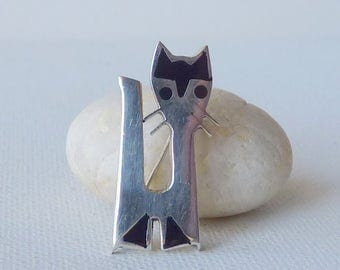 Sterling Silver Modernist Cat Pin Vintage Kitty Brooch Silver and Black Enamel Animal Pin, 925 Cats, Mexico Cat Jewelry, Mexico Kitty Brooch