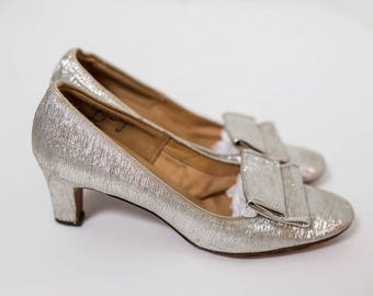 Pretty Silver Metallic Vintage Di Scarla Shoes Made in Italy