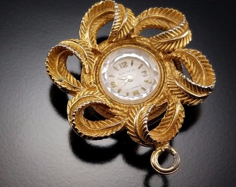 Vintage Baroness 17 Jewel Wind Up Watch Estate Jewelry