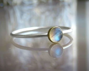 Labradorite Ring, Solitare Silver Ring, Silver Stacking Ring, Women's Ring, Moonstone-111612