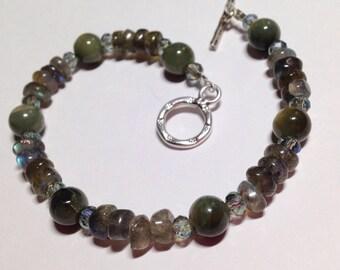 Mystic Allure. Cats eye, Labradorite, swarovski crystals snd fine silver clasp protection bracelet.