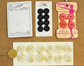 Vintage buttons, shell, black, pink, white - notion - etui - haberdashery