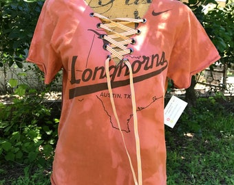 University Of Texas - Texas Longhorns - UT - Longhorns Lace Up - V-Neck - SMALL