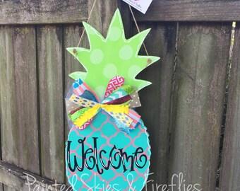Summer Door Hanger / Pineapple / Wooden Door Hanger / Wreath / sweet summertime / Welcome / decor / front door sign / porch decoration