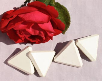 Vintage Buttons Triangle Shape - Four Pieces Creamy White Color on Wood