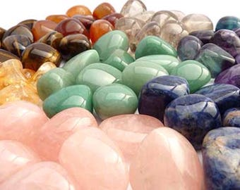 Tumbled stones.Crystals. Rose quartz. Tigers Eye. Moonstone. Amethyst. Pirite. Lapis Lazuli. Tourmaline. Fluorite. Moss agate. Carnelian