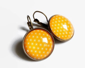 bronze yellow sleepers earrings * saffron * small flowers been anniversary gift glass cabochon