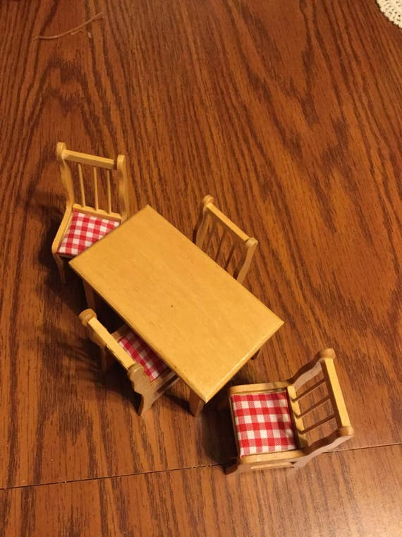 On sale Adorable dollhouse wood table and chairs red and