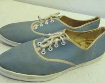 Women's Vintage 60's,Pointy Blue MAD MEN era BOAT Sneakers.6